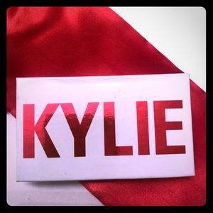 KYLIE Valentine's Day Edition Mini Duo Eyeshadow